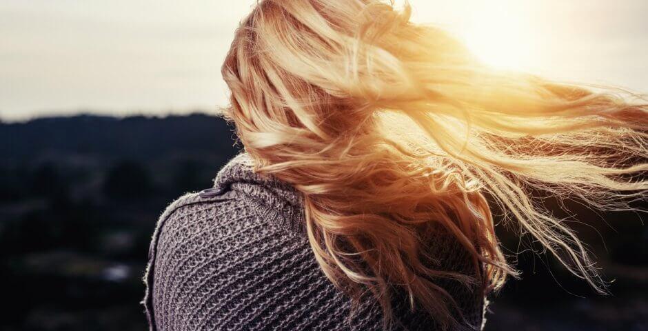 rimedi-caduta-dei-capelli-in-autunno